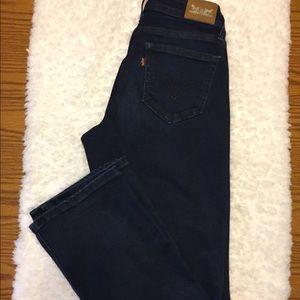 Levi's 529 Curvy Fit Size 4 Boot Cut